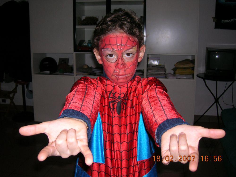 Pin uomo ragno immagini on pinterest - Immagini da colorare dell uomo ragno ...